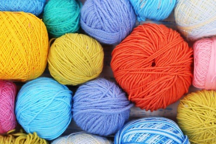 yarn balls photo backdrop do it yourself