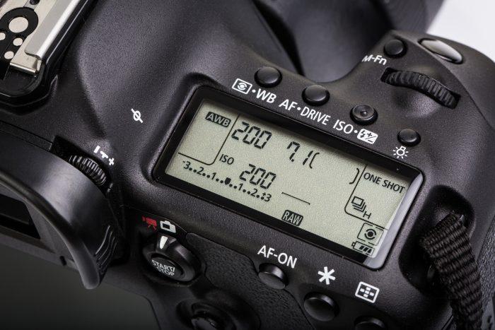 dslr camera settings screen preview